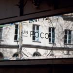 Un Poco restaurant branding