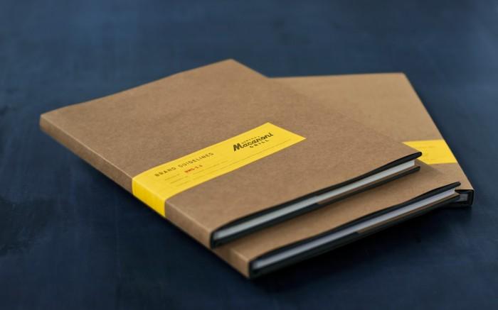 SUPERBIG_MACARONI_GRILL_BRAND_BOOK_1