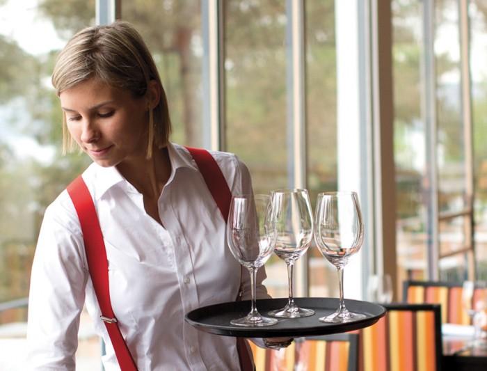 07_Ingierstrand_Bad-Restaurant_Uniform_BPO