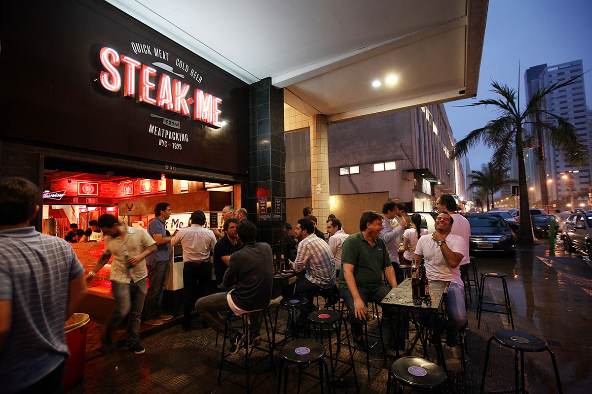Steak Me Restaurant Branding Grits Amp Grids 174