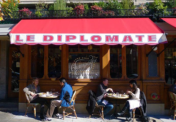 Diplomate_window3